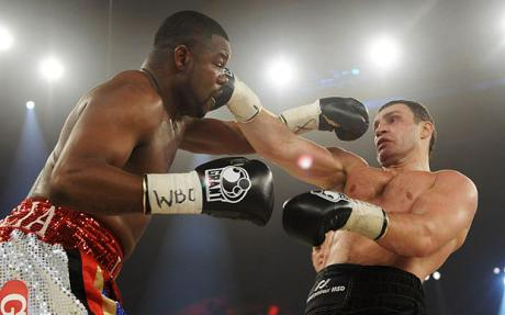 Vitali throwing the leanback right hand